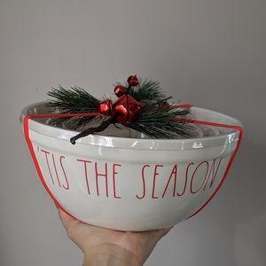Rae Dunn Christmas Mixing Bowl Set